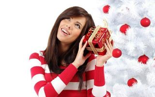 What to give a girl on New year: favorite, friend, the former. Top best gifts!