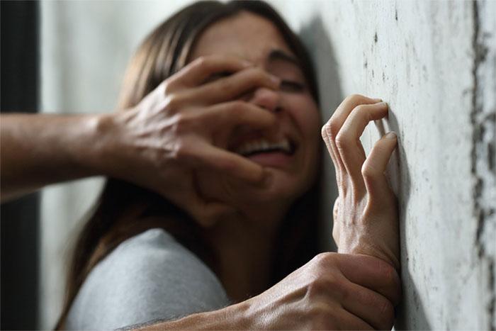 側面の影響によって生じる嫉妬感情