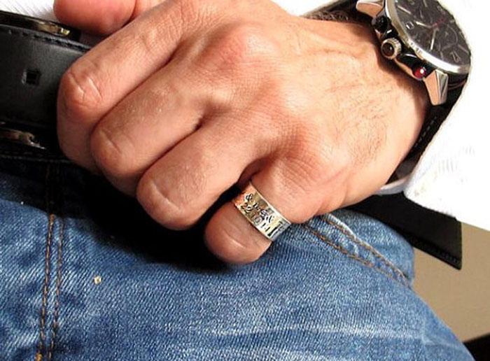 Прилепнала пръстени